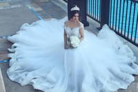 Арабский +2017 Vintage Кружева Свадебные платья Sexy с плеча Короткие рукава Кружева аппликация Дубай Свадебные платья Длинные Поезд суда