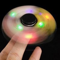 Funny LED Light Hand Finger Spinner Fidget Plastique EDC Spinner à la main pour l'autisme et le soulagement du TDAH Focus Anxiety Stress Gift Toys coloré 50pcs