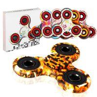 Камуфляж Leopard Hand Spinner Три-спин игрушечные кончики пальцев Спиральные пальцы Gyro Torqbar Fidget Spinner С розничной коробкой 300шт KKA1492