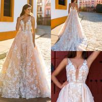 Шампанское Свадебные платья с белыми кружевами аппликацией A-Line Свадебные платья без рукавов Погружаясь назад Zipper выполненное на заказ свадебные платья 2017 года Новые
