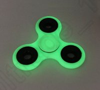 Luminoso mano Spinner gris brillo en la oscuridad Tri Spinner Fidget escritorio juguete descompresión Juguetes OOA1249