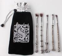 Nouvelle arrivée Harry Potter Maquillage Pinceaux Ensemble Manche en métal Assistant Magic Wand Brosses Ombre à paupières Surligneur Brush Maquillage Outils 5pcs / Set