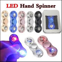 En existencia Luz LED Fidget Spinner Spinner de mano Tri Fidget Aleación de aluminio Metal Juguete Reductor de estrés Focus Toy para niños Adultos via DHL
