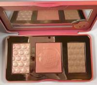 12pcs Les nouvelles chaudes chaudes de la pêche de la nouvelle pesse douceur infusée Bronzers le maquillage colorent la palette Livraison gratuite en stock