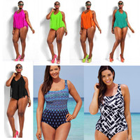 Plus Size SwimwWomen Sexy One Piece Fringe Maillot de bain avec Hook Halter réglable Hem Triangle Bikini Safe Monokini rembourré SW300 1set
