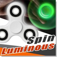 Luminous Neon Fidget Spinner Spinner à main Réducteur de stress avec lumière verte Glowing in the dark Perfect To ADD ADHD Anxiété et autisme