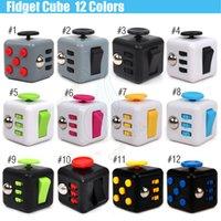 Le plus récent cube Fidget jouet populaire décompression magique anxiété main spinner soulagement du stress Doigt portable anti irritabilité 12 couleurs jouets DHL
