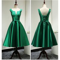 2017 Simple Green Short Prom Dresses A- Line V- Neck Lace Up T...