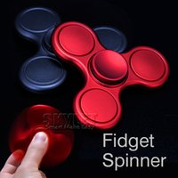 Best Triangle Tri Spinner à main Finger Fidget Spinner EDC Hand Spinner vernis terne Metal Gyro Décompression Anxiety Toys With Retail Package