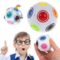 Spherical Magic Cube Toy Football Puzzle Rainbow Apprentissage et jouets éducatifs Speed ​​Puzzle Intelligence Toys KKA1769