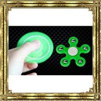 New Five-Pointed Star Spinner à la main Fidget Toy Five Fingers Fingertips Tri Spinners HandSpinner Fidgets Spinning Top Gyro