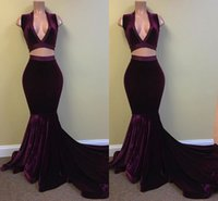 Mais recente Sexy Two Pieces Velvet Mermaid Prom Vestidos Deep V Pescoço Backless Tribunal Train formal Evening Party Vestidos