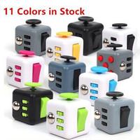 Anti Anxiety Stress Cube Fidget Spinner Rouleau de fidélité en plastique ABS 6 côtés de gadget avec 11 couleurs