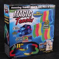 Магия Треки Bend Flex Racetrack для детей Amazing Race Track Дети вагоностроительного LED Light Up Автомобиль растет в Dark OOA971