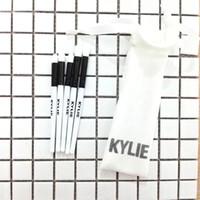 Kylie Jenner édition de vacances édition limitée pinceau pinceau de maquillage Set 5 pcs pour les pinceaux de maquillage de Noël ensembles 2017 Nouveau