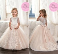 Princess Vintage Beaded Arab 2017 Flower Girl Vestidos Blush Mangas curtas Sheer Neck Child Dresses Meninas Dressup feitas sob medida Custom Made