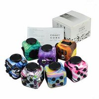 10 diseños Leopard Impreso Fidget Cubo Camuflaje Graffiti Anti Stress Fidget Cubo Juguete Descompresión con la caja al por menor CCA5918 100pcs
