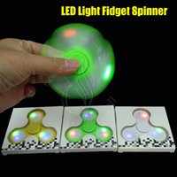 Le plus récent LED Light Fidget Spinner Luminous Hand Spinning Top fingertip Triangle EDC roulements axe décompresse Rotation HandSpinner Toys DHL