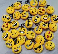 Lovely Emoji Smiley porte-clés Cadeau de mariage jouet Emotion Jaune QQ Expression Peluche en peluche jouet pour sac cadeau pendentif de Noël