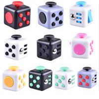 Nouveau populaire décompression Toy Fidget cube la première décompression américaine anxiété Jouets En stock oth331