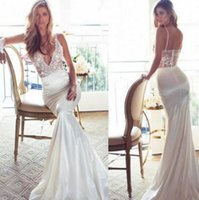 Simply Mermaid Vestidos de casamento Spaghetti V Neck 2017 Lace Vestido de casamento Sweep Train Cheap Backless Lurelly Primavera Vestido de Noiva Vintage