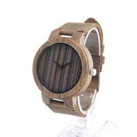 Hommes en bois Montres de luxe Quartz Montres Casual Brown Stripe en bois Bracelet en cuir de couleur Montre Homme