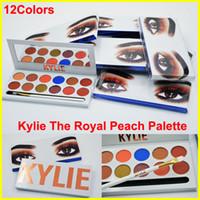 2017 Кайли Eyeshadow The Royal Персик палитра 12 цветов Дженнер 12color палитра теней для век с кистью перо Косметика тени для глаз порошок