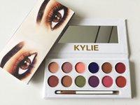 Новые 12color Kylie Royal Персик Eyeshadow палитры с тенью Pen Кисть Косметика Eye Дженнер 12 цветов палитры Eyeshadow Kyshadow