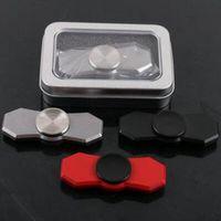 3 cores New Fidget Spinner HandSpinner mão Spinner Finger EDC brinquedo para a ansiedade de descompressão aço inoxidável com caixa de metal CCA5780 30pcs