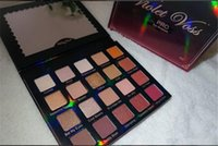 Фиолетовый Voss Holy Grail Pro Eye Shadow Palette REFOR 20 цвет тени для век