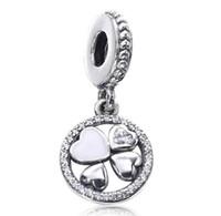 2017 Nouvelle Journée Mère Blanc Clover Fleur Drop Dangling Charm Fit Pour Pandora Bracelet DIY Bead Charm 925 Sterling Silver Jewelry
