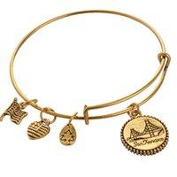 Alex Et Bracelets Ani Bangle Bracelet Bracelet Acier extensible en or pour perles Bracelets Charme JS017AL015