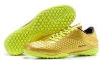 Wholesale Fashion Sneakers Mens Shoes Outdoor Tuhao Gold Lightweight Natural Artificial Grassland Plastic Sole Lace Up Cotton Soccer Football Shoes