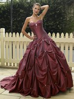 Wholesale Burgundy Ball Gown Prom Dresses Off Shoulder Sweetheart Beads Pleats Tiers Party Evening Gowns Sweep Train