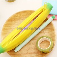 Wholesale Stylish Novelty Silicone Portable Banana Coin Pencil Case Purse Bag Wallet Pouch