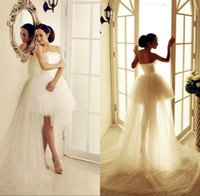 Wholesale Strapless Ball Gown Wedding Dresses With Chapel Long Trains Appliqued Sleeveless Ruffled Sexy Short Mini Wedding Girls Dress Tulle Design