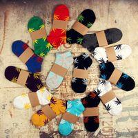 Wholesale Hot selling Maple leaf socks different colors socks for men Hip hop socks mens socks LA55