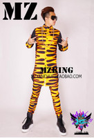 baseball dance costumes - Male singer fashion club guests in Europe and the runway looks red Huang Huoyan baseball uniform long shirts costumes S xl