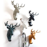 Wholesale Retro D resin animal head crafts robe hooks wall decoration Vintage Deer Hanger Hat Door Wall Clothes Towel Robe Hooks