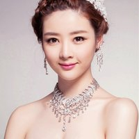 Wholesale New pearl necklaces jewelry set Bride atmospheric Korean alloy Pearl Crystal wedding necklaces earrings jewelry luxury wedding accessories