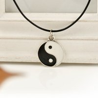 best tai chi - 2014 New Hot Selling Tai Chi Best Friend Necklaces Pendants YinYang Necklace Black White ZInc Alloy Sign jewelry Magic Sign