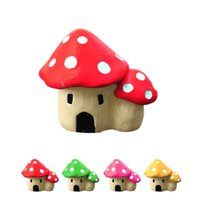 Wholesale New Cute Synthetic resin crafts Decorations Miniature Dot Mushrooms Red fairy Christmas Xmas Party Garden Decor Gift J1168
