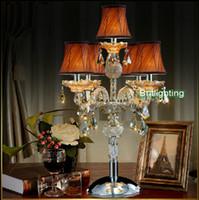 Revisiones Mesa moderna habitación lámparas-contemporánea dormitorio de la lámpara de mesa Lámparas de tabla del LED de la vela moderna de cristal de vidrio brazos iluminación de la tabla de la boda candelabros salón llevó la lámpara de escritorio