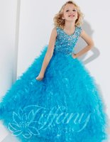 beautiful eyes images - Noble girl beauty dress upper body design of irregular crystal beads catching plait dress is kind of eye catching dress beautiful girl forma