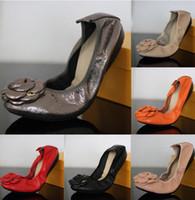 Wholesale Women flat shoes Europe Genuine Leather women driving shoes fashion women s wedding shoes woman Flats soft leather ballerina flat shoes