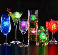 Wholesale Polychrome Flash Ice Led Ice Led Lamp For Event Party Supplies Changing LED Ice Cubes Glow Ice Cubes For Patry Wedding Bars Decoration