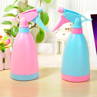 Wholesale Snapped up Gardening Tools Candy Color Watering Can Watering Kettle Hand Pressure Spray Bottle Bonsai Water Kettle