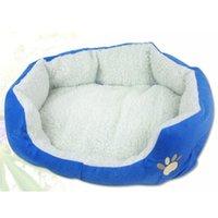 Wholesale Puppy Dog Kennel Plush Mat Warm Winter Pet Dogs Fleece Nesting Bed House Hot