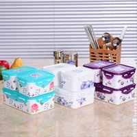 Wholesale Plastic environmental preservation box lock seal box microwave heat preservation box lunch box square crisper three piece suit