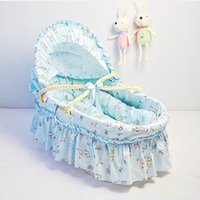 Wholesale New Cotton Cloth Baby Sleeping Basket Lovely Baby Bassinet With Long Skirt Baby Care Outdoor Corn Bran Woven Cribs Colors